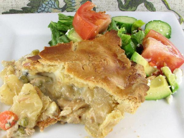Slow cooker chicken pot pie from recipesjust4u.com