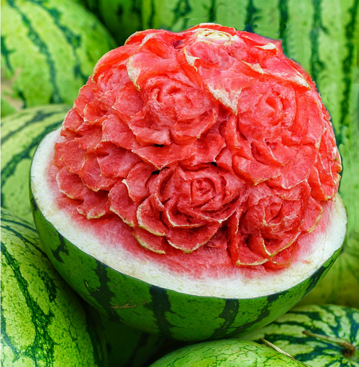 Food art: Carved flower