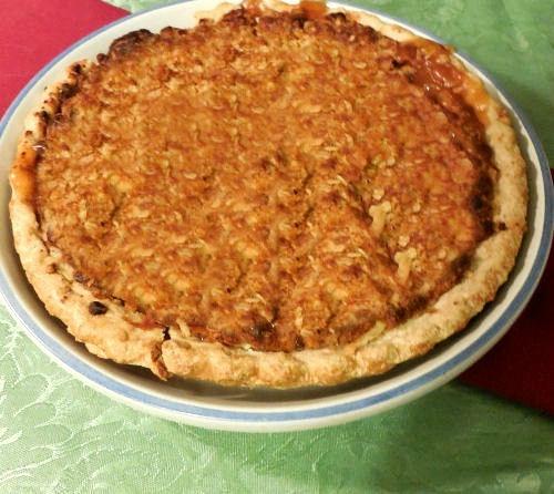 Dutch apple streusel pie