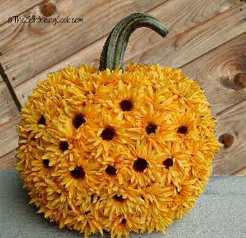 Sunflower pumpkin no carve halloween display