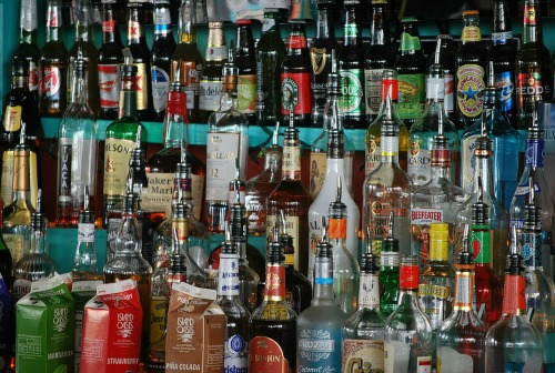 Avoiding alcohol helps to avoid holiday weight gain