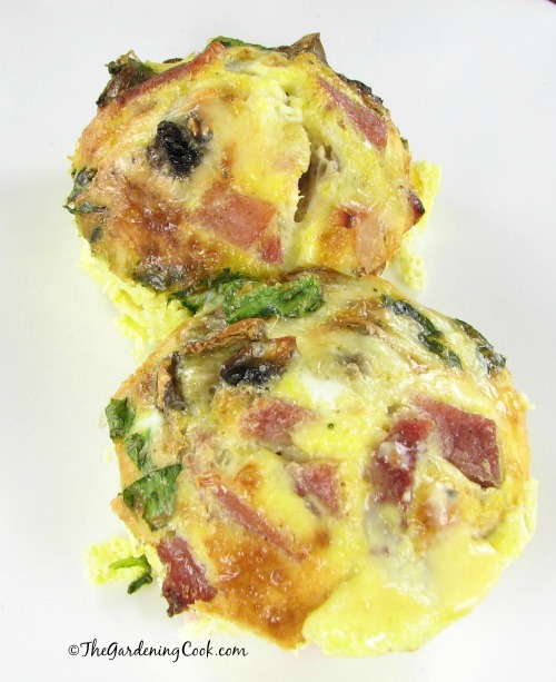 Scrambled eggs in a muffin tin from thegardeningcook.com
