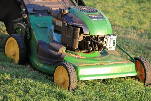 Winterize garden tool. Drain oil from lawnmowers