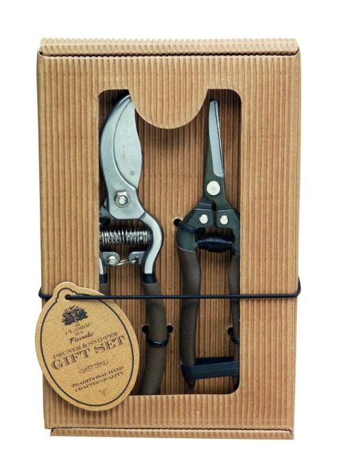 Boxed pruner set
