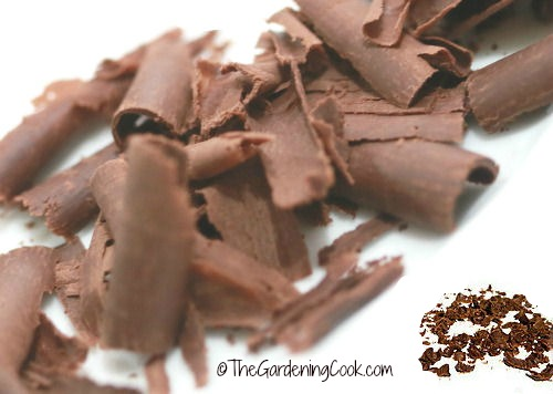 chocoate shavings and grated chocolate