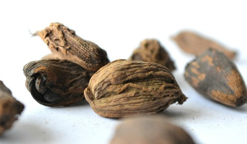 grated whole nutmeg is so much more flavorful than dried