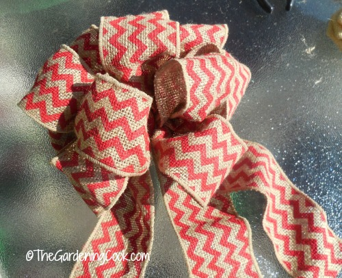 Wire wrapped burlap chevron bow