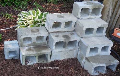 Cement block set up