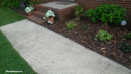 A clean walk adds curb appeal