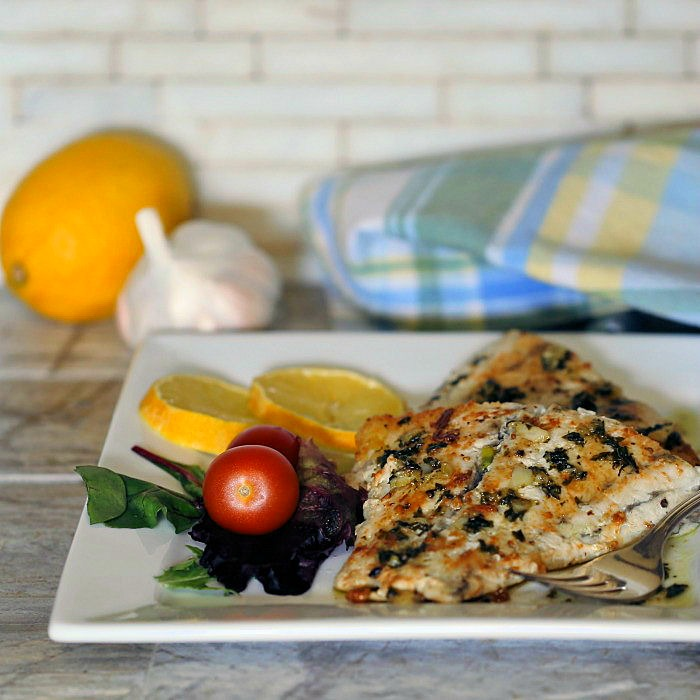 Recipe for barramundi with a garlic lemon sauce