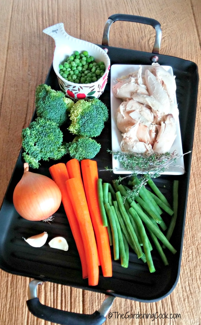 VEgetables and chicken for the pot pie