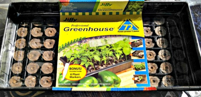 Peat pot greenhouse kit