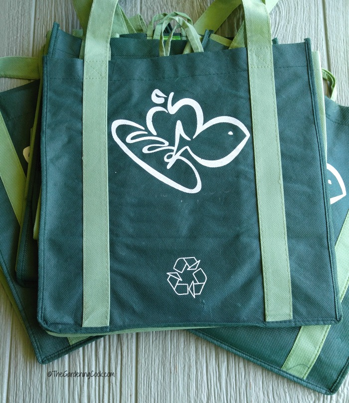Cloth shopping bags are a great saver of plastic