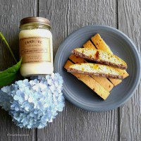 Almond biscotti candle and Nonni's caramel almond biscotti biscuits