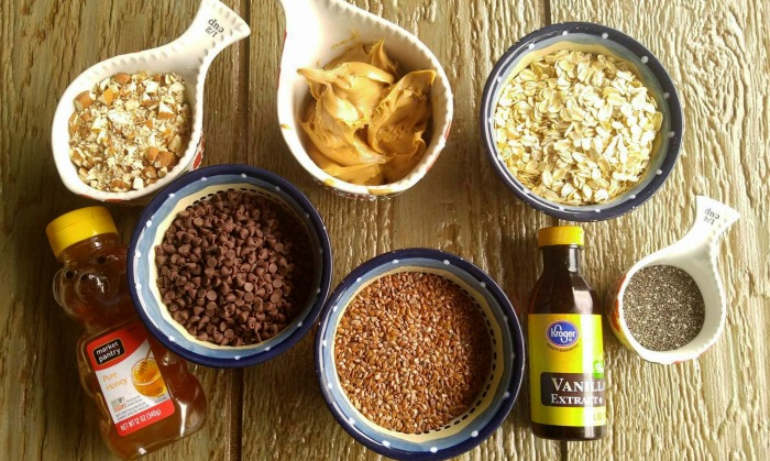 Ingredients for the no bake peanut butter energy bites