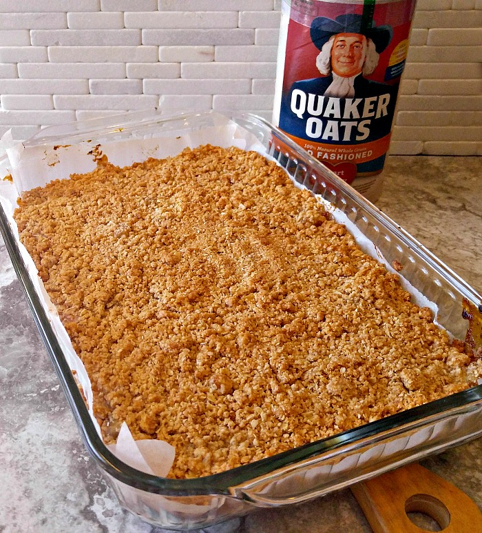 Cooked apple pie oatmeal bars