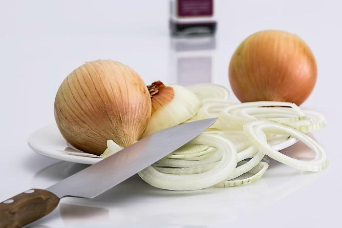 Sliced onions make you cry