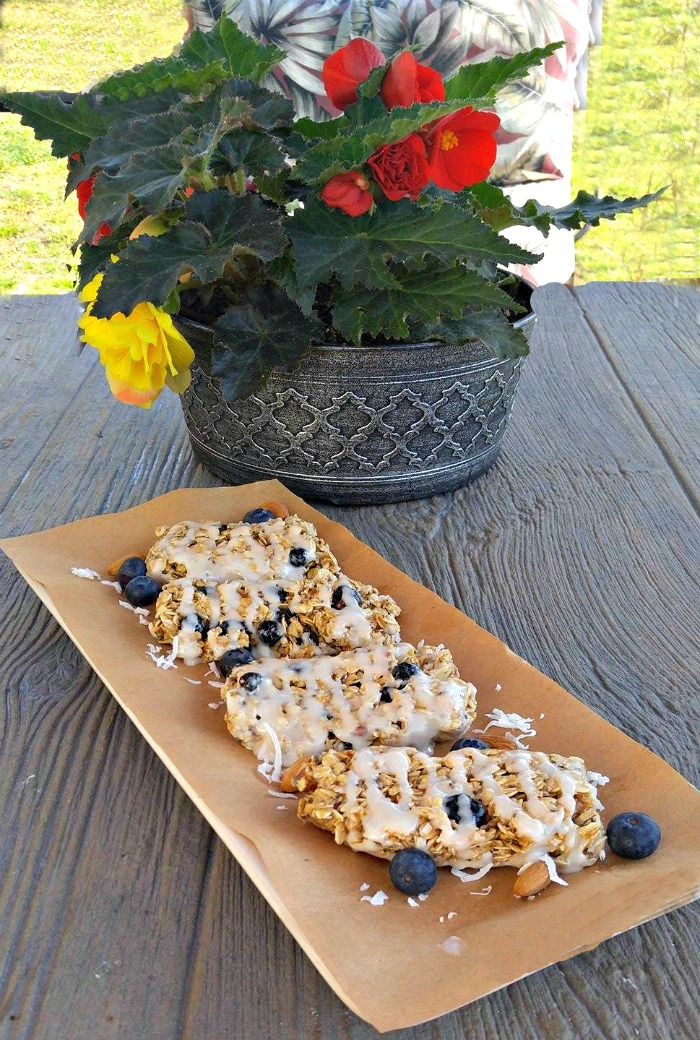 Blueberry Granola Bars make a great weekend breakfast