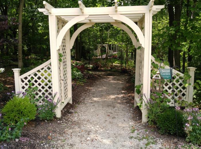 Arbor Secret Garden