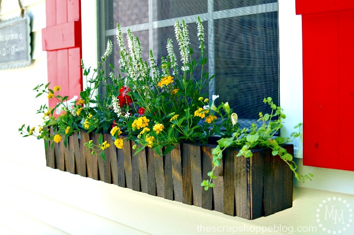 Make your own window box from thescrapshoppeblog.com