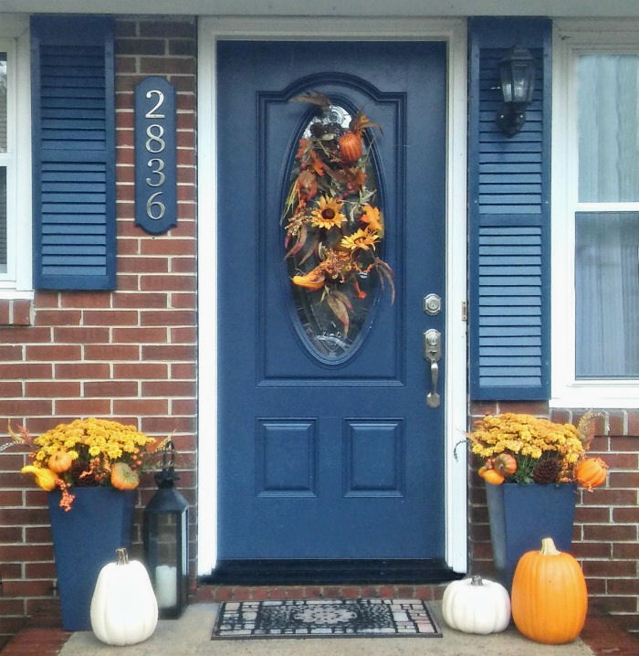 Decorate an entryway for fall. #LowesFallDecor #IC #ad
