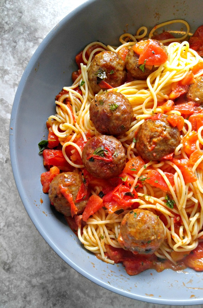 Abruzzese Meatballs and spaghetti made with fresh tomatoes