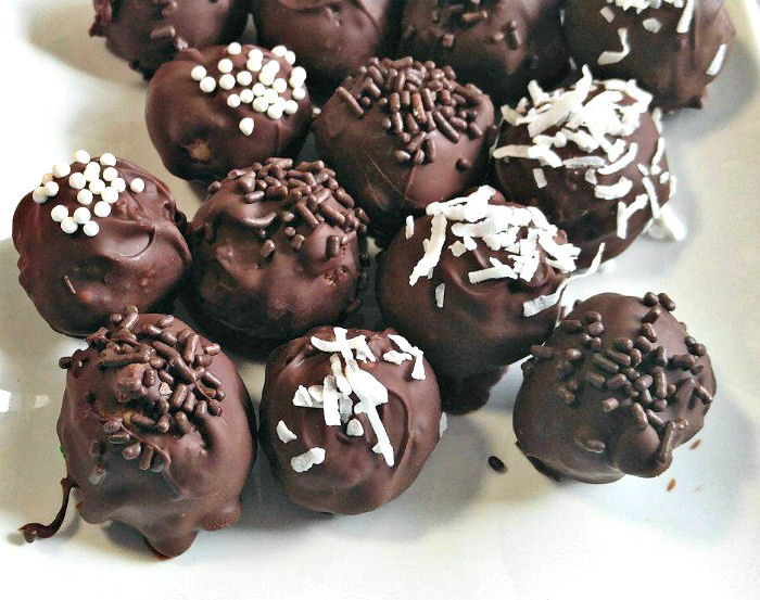 Decorated chocolate truffles