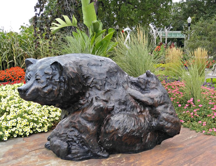 Bear Statue at Wellfield Botanic Gardens