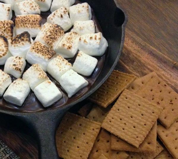 Cast iron smores dessert