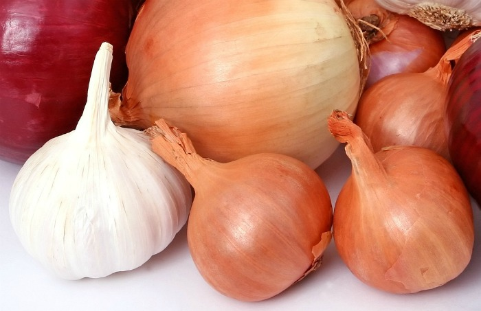 Onions and garlic make a substitute for shallots in cooked dishes