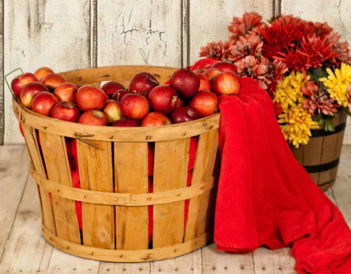 Apple basket decorations for fall