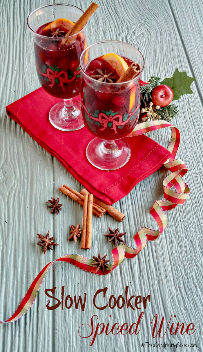 Slow Cooker Spiced Wine with Oranges and Cranberries