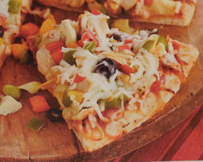 Chicken Pizza with Artichokes and Peppers