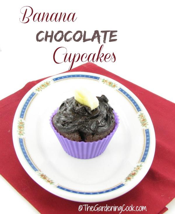 Healthy Banana Chocolate Cupcakes