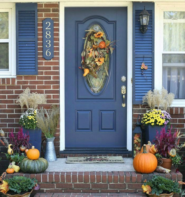 Entry and porch ideas for fall
