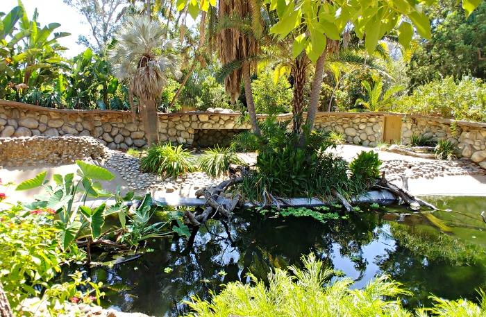 Exotic animal enclosure at the Los Angeles Zoo and Botanical Gardens