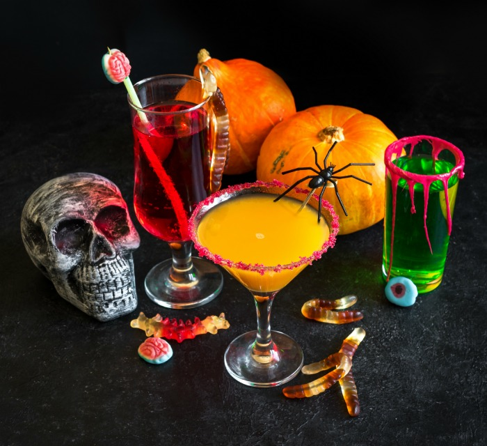 Halloween cocktail garnishes for your drinks table
