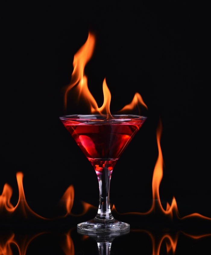 Halloween cocktail special effects - Setting a red cocktail set on fire