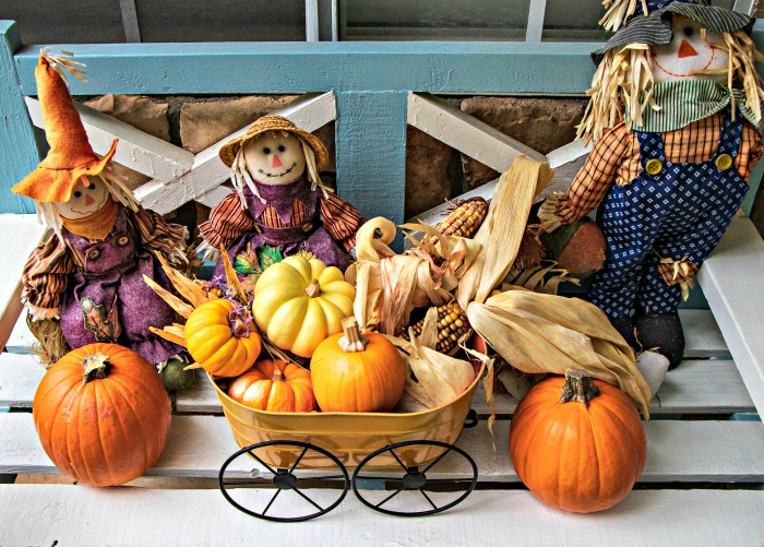 Scarecrow vignette for fall.