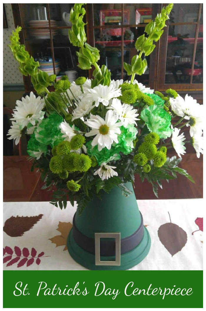Leprechaun Hat table decoration with words reading St. Patrick's Day Centerpiece.