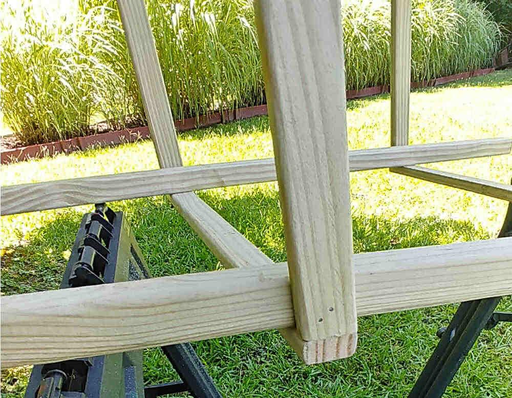 Finished edges of an wooden garden tuteur..